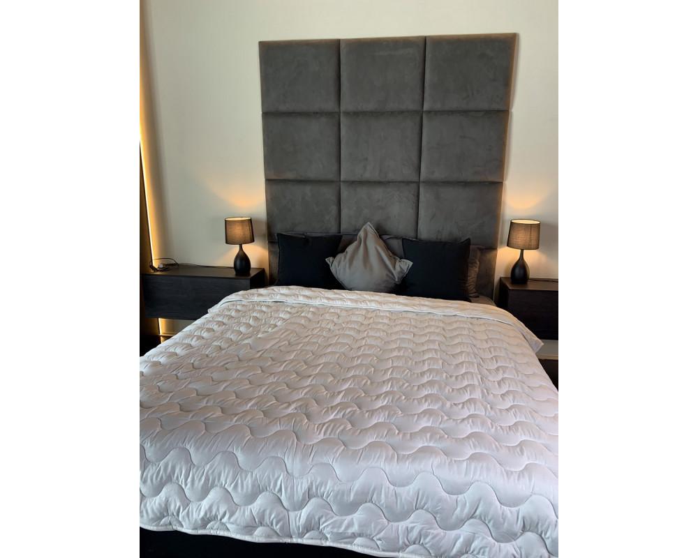 Одеяло белое из холлофайбера 200г/м2